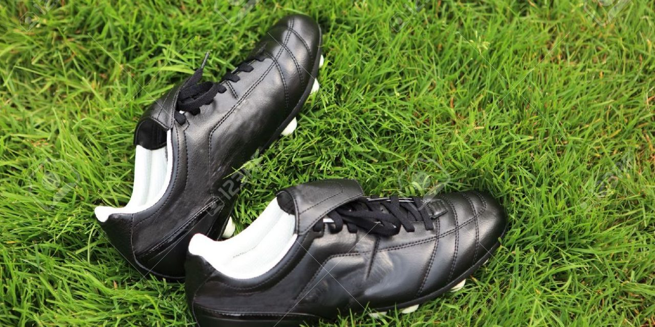 Top 10 Best Soccer Shoes for Men of 2021