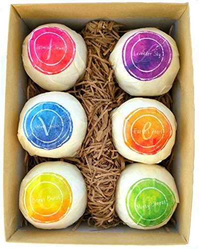 10. Bath Bomb Gift Set - USA Made with Organic & Natural Ingredients