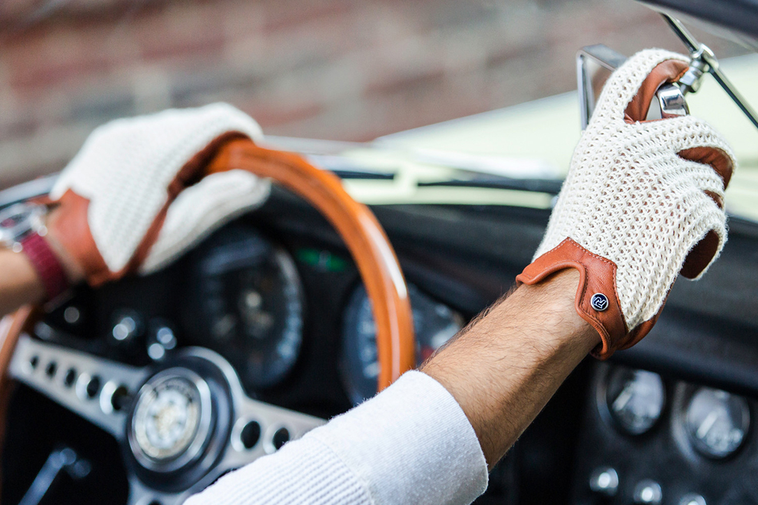 Gold driving gloves - Gold Driving Gloves 39