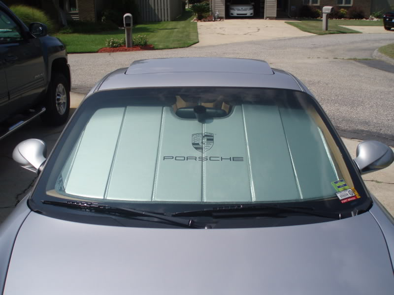 Top 10 Best Windshield Sunshades for Cars of 2017