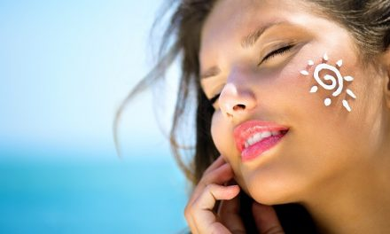 Top 10 Best Sunscreens for Oily Face of 2017