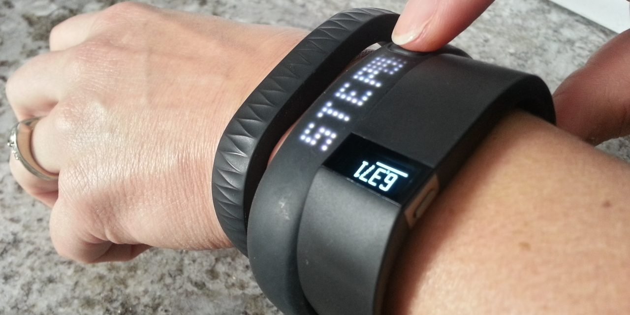 Top 10 Best Activity Trackers for Fitness of 2019