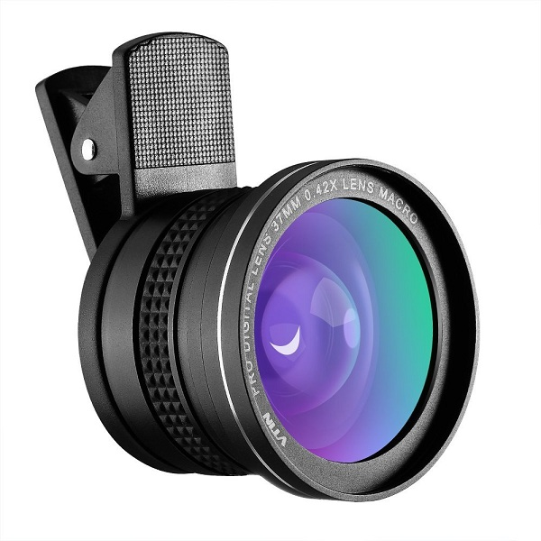 6. VicTsing Vtin 2-in-1 Clip-On Fish Eye Lens Kit